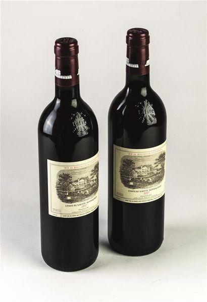 2 bouteilles de Château Lafite Rothschild,...