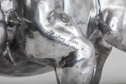 Christian MAAS (Né en 1951). Bulldog en aluminium. Signé, cachet de la fonderie...