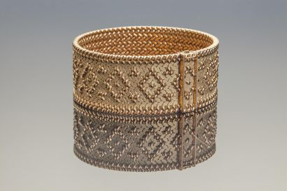 MAUBOUSSIN. Bracelet articulé en or jaune...