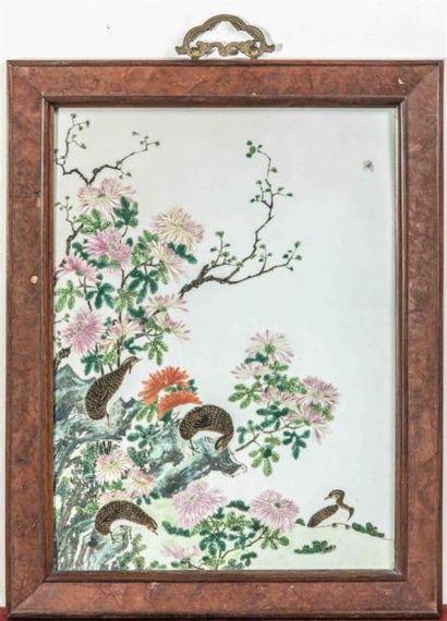 CHINE - XIXe siècle Plaque en porcelaine...