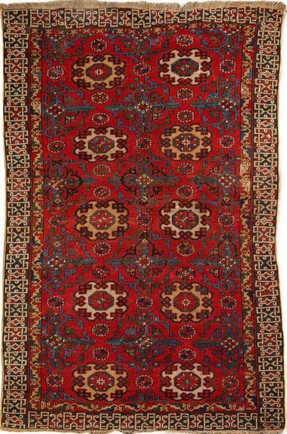 Très ancien tapis du Caucase dit d'Holbein,...