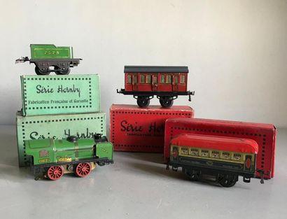 HORNBY Ensemble de locomotives et wagons...