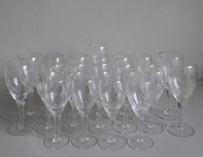 BOHÊME Partie de service de verres à pied...