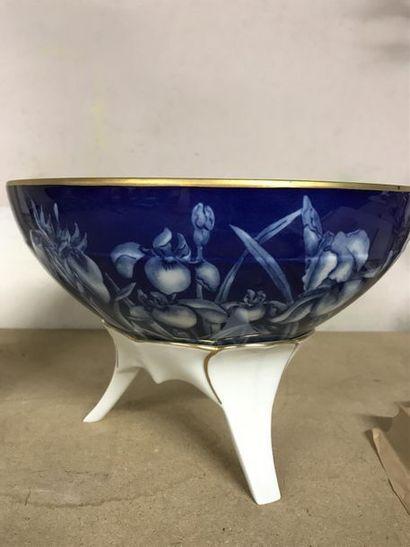 Joseph GOCIMSKI - Limoges Coupe en porcelaine...