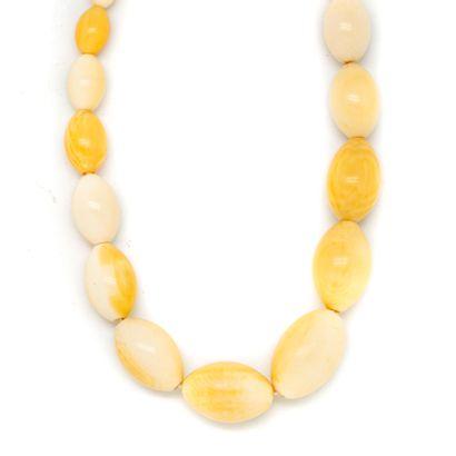 Début XXe  Collier en perles d'ivoire oblongues...