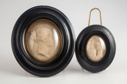 Portrait de femme en calcaire ou albâtre...