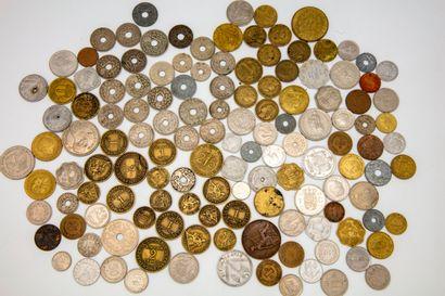 Un lot de pièces divers