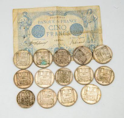 14 pièces de 10 francs. On joint un billet...