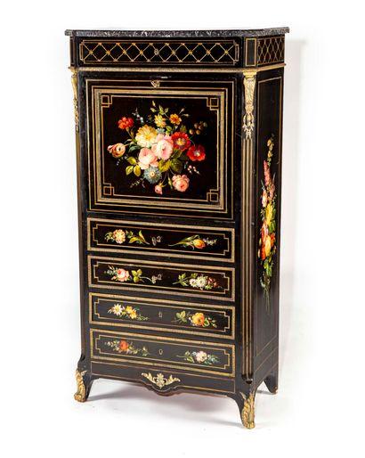 Secrétaire en bois peint à décor de fleurs...