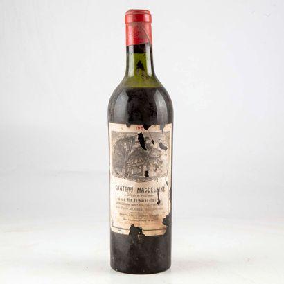 1 bouteille CHÂTEAU MAGDELAINE 1950 Saint-Emilion...