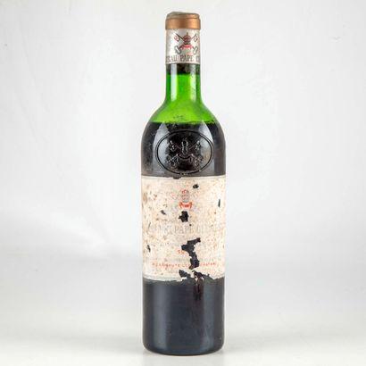 1 bouteille CHATEAU PAPE CLEMENT 1976 Graves...
