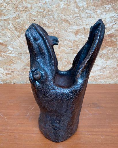 Emmanuel BUCHET  Tête de serpent  Epreuve en céramique émaillée. Signée EB  Haut....