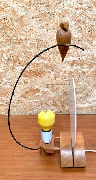 """Philippe COINTE.  """"Le guetteur d'aurore"""".  Lampe en bois, bronze et plexiglas  Haut...."""
