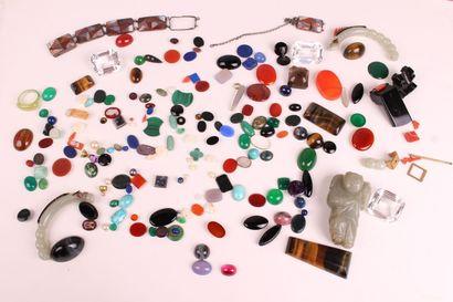 LOT of ornamental stones (quartz, lapis lazuli,...