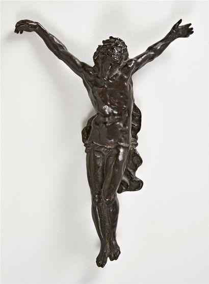 Jean-Baptiste CARPEAUX (1827-1875) Christ en croix Le Christ est couronné d'une...