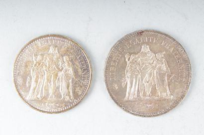 LOT DE DEUX PIECES de 10 Francs et 50 Francs...