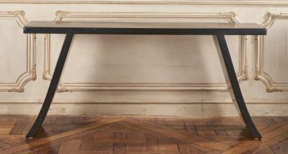 CONSOLE BIRMANE en bois laqué noir. 83 x...