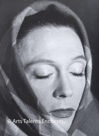 LE PRAT Thérése  Portrait d'Arletty c.1950...