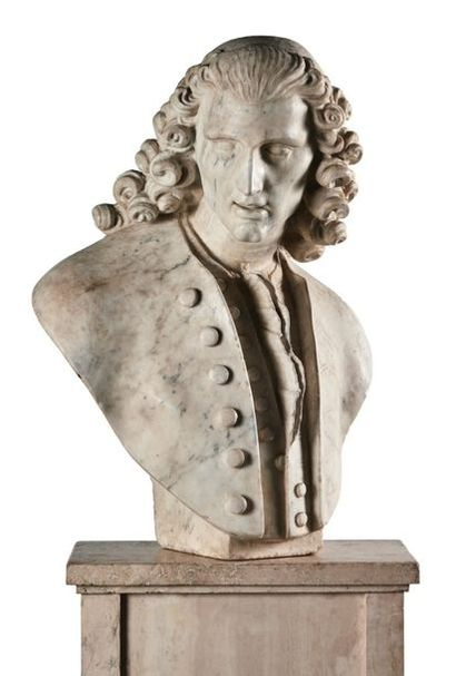 MEN'S BUST in white marble. Head turned to the left with an elongated face with...