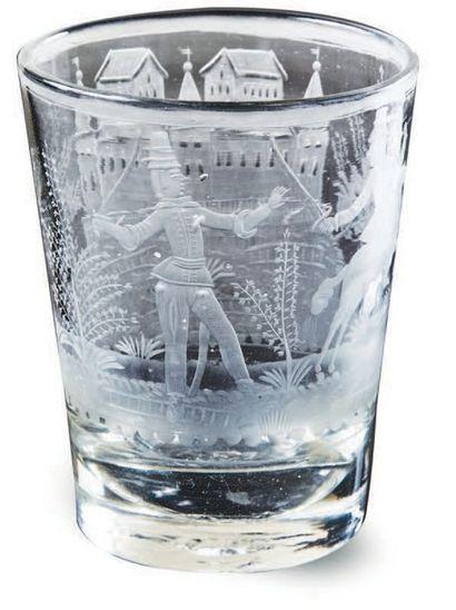 GRAND GOBELET en verre gravé à la roue décorée,...