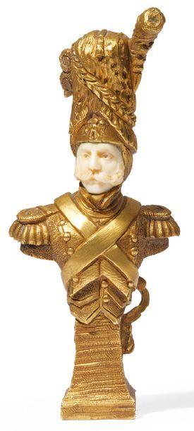 CACHET en bronze doré et ivoire représentant...
