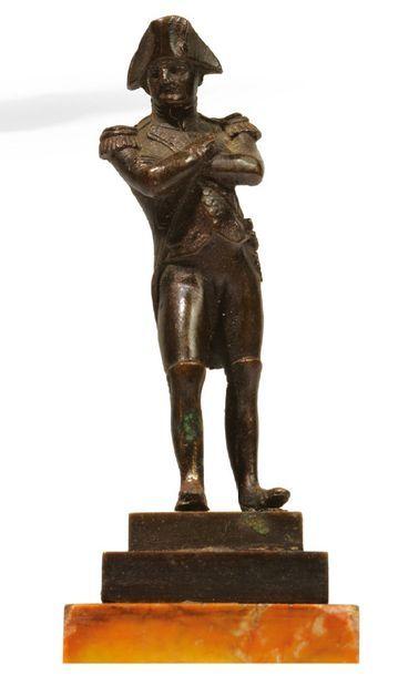 NAPOLÉON IER. STATUETTE en bronze patiné,...