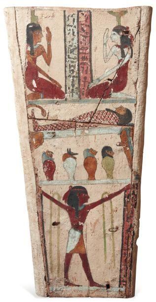 Panneau de sarcophage peint d'une scène de...