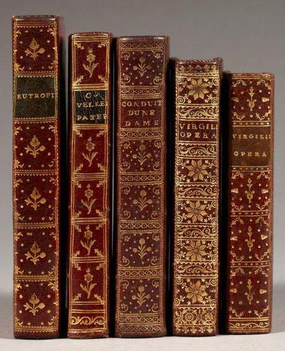 LOT de 5 livres en maroquin du XVIIIe siècle....
