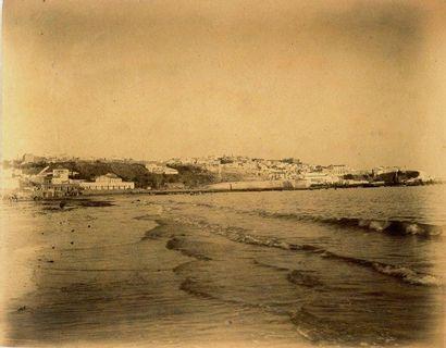 A. CAVILLA Tanger, vue prise depuis la baie, Maroc, vers 1880 Tirage d'époque sur...