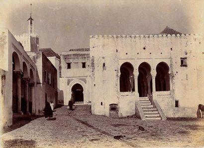 A. CAVILLA La place de la Casbah, Tanger, Marox, vers 1890-1900 Tirage de l'époque...