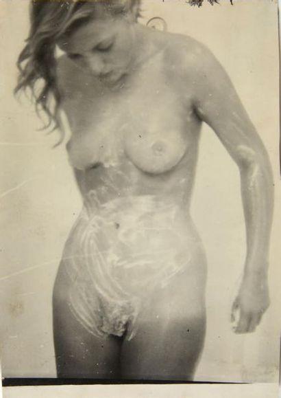 Miller nackt  Lee Elizabeth Elizabeth Lee