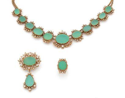 PARURE en cannetille et grainetis d'or jaune 18K (750), comprenant un collier, le...