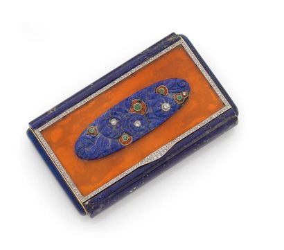 LACLOCHE FRÈRES. Rectangular BEAUTY NECESSAR in 18K (750) yellow gold with lapis...
