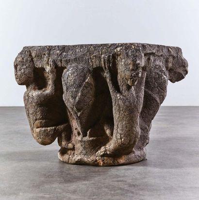 Chapiteau en pierre marbrière sculptée toutes...