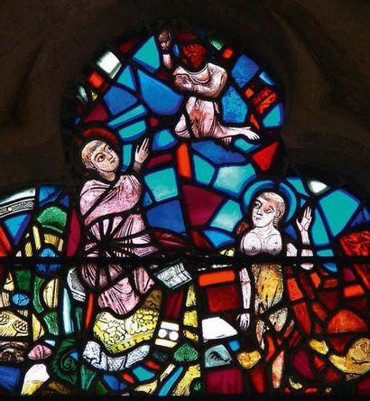 Vitrail en verres de couleur représentant Deux moines veillant le corps de saint...
