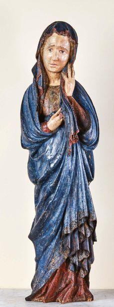 Vierge de Calvaire en bois sculpté en ronde-bosse...