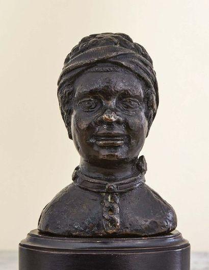 Buste de jeune esclave africain en bronze...