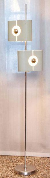 GIOFFREDO REGGIANI Lampada da terra dal fusto cilindrico in metallo cromato a due...