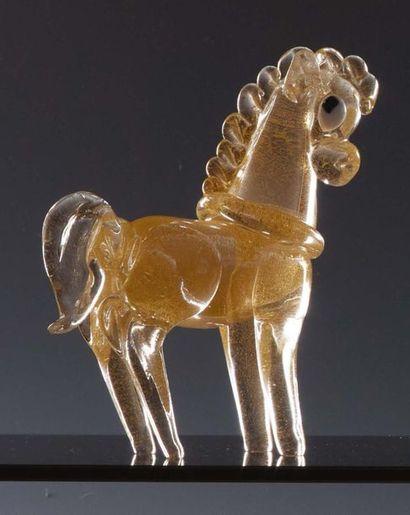 ARCHIMEDE SEGUSO (1909-1999) Cavallo in vetro modellato a caldo con inclusioni di...