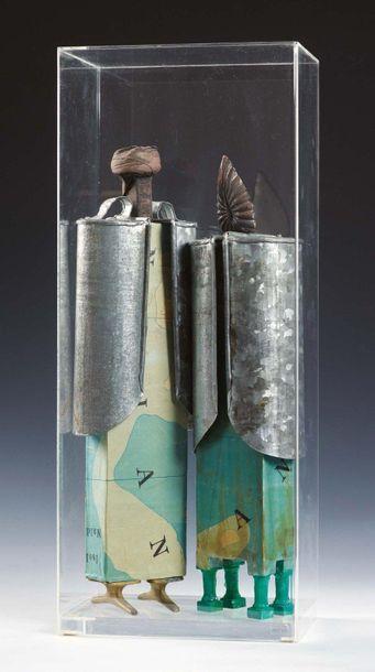 STEFANO STIPITIVICH (VENEZIA 1951) Argonauti, anni '80 Due sculture in carta, legno...
