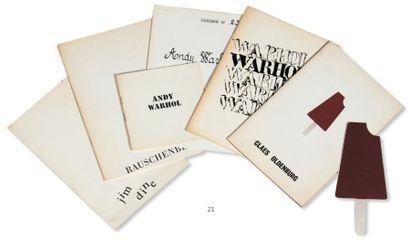 Ensemble de trente-trois publications: Les...