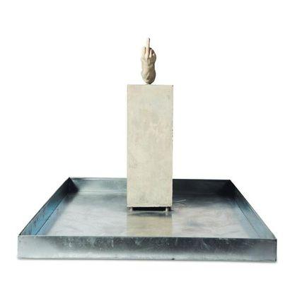 ERWIN WURM (NÉ EN 1954) Fountain, 2003
