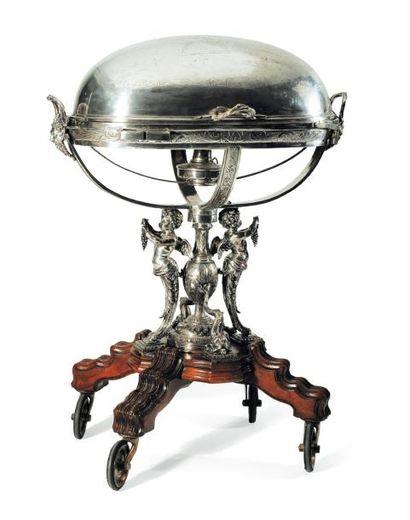 Importante et rare table à decouper en bronze...