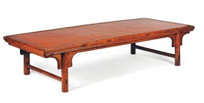 Lit à opium en bois et bambou. Chine, XIXe...