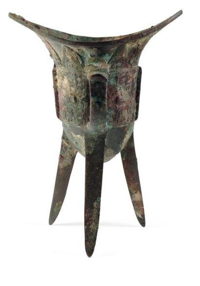 Verseuse Jiao en bronze, sous l'anse un pictogramme....