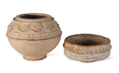 Jatte et vasque en torchis peint à décor...