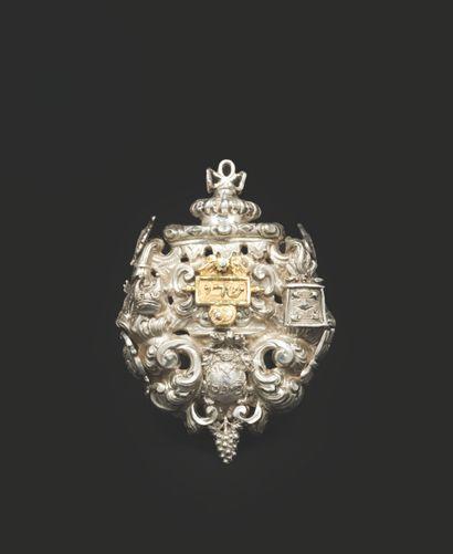 AMULETTE EN ARGENT Italie du Nord, XVIIIe siècle Travail très raffiné, décoré avec...