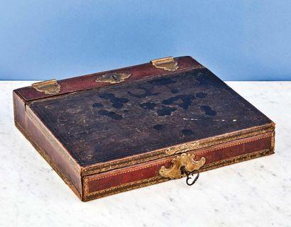 Lot de deux écritoires de voyage : - écritoire...