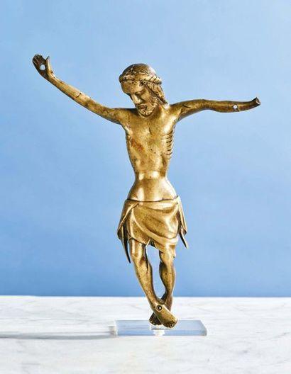 CHRIST en bronze, fonte creuse. Tête aux...