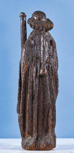 Ange portant les Instruments de la Passion, colonne et clous, en chêne sculpté en...